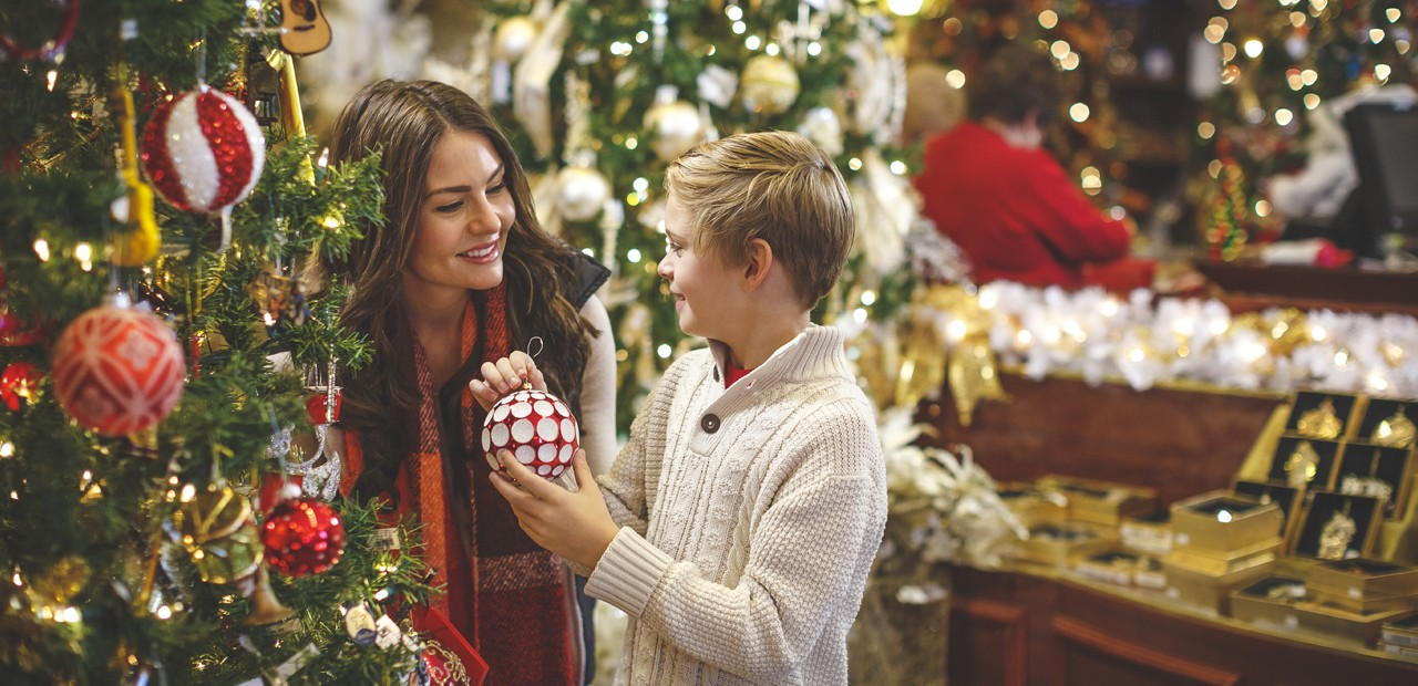 3 Ideas To Christmas Shopping On The Web