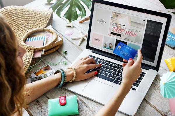 5 Shopping Online Strategies for Christmas