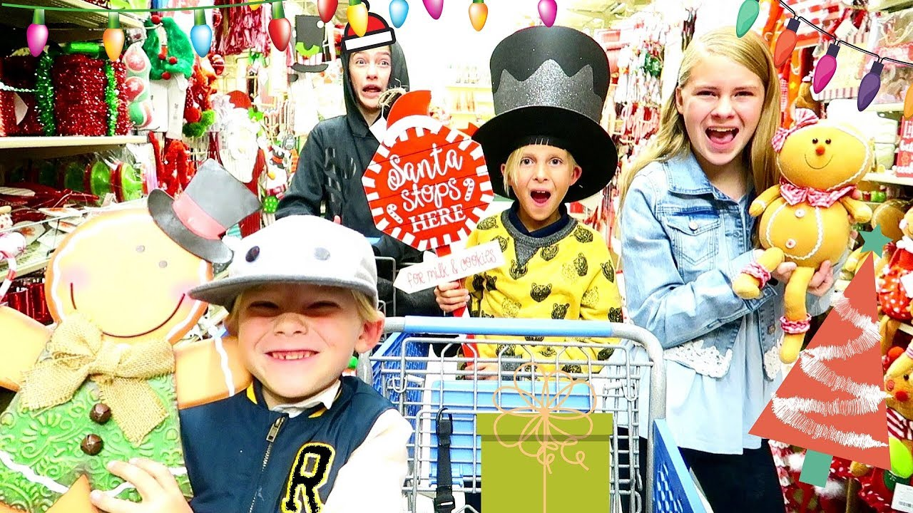 4 Essential Strategies For Parents When You're Christmas Shopping With Kids